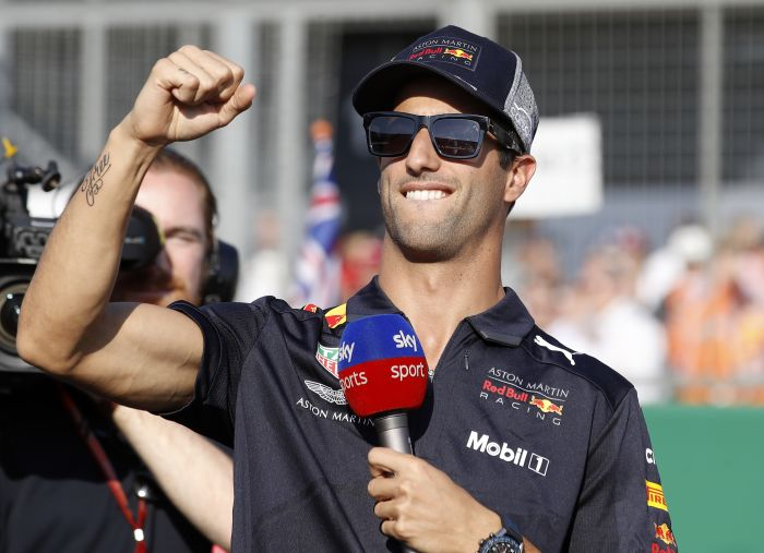 Daniel Ricciardo presents one of the main obstacles to the Lewis Hamilton Silverstone odds
