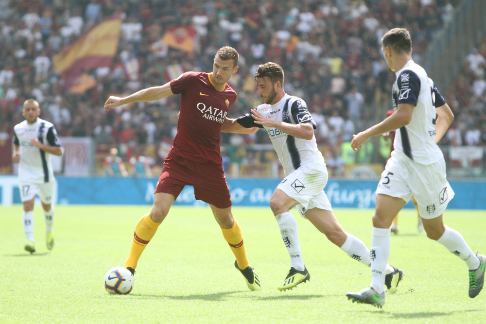 Dzeko scoring against Chievo, tipped to score in our Roma vs Lazio predictions